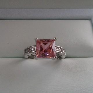 【新品】【未使用品】ピンクダイヤモンドリング (リング(指輪))