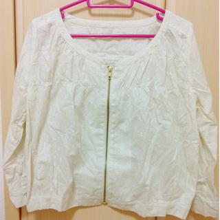 オリーブデオリーブ(OLIVEdesOLIVE)の花柄刺繍♡ジャケット(ノーカラージャケット)