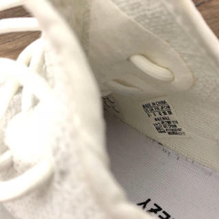 アディダス(adidas)のyeezy(スニーカー)