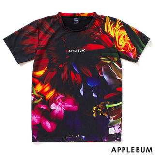 """アップルバム(APPLEBUM)の""""APPLEBUM"""" """"Flower Black""""T-shirt サイズM(Tシャツ/カットソー(半袖/袖なし))"""