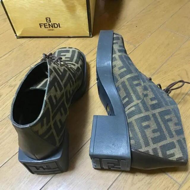 FENDI(フェンディ)の【新品】FENDI 厚底 スニーカー レディースの靴/シューズ(スニーカー)の商品写真