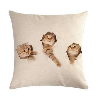 猫クッションカバー 43cm×43cm 3匹猫ちゃん 新品未使用品 送料無料♪(クッションカバー)