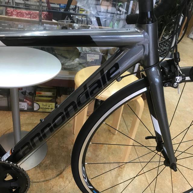 Cannondale(キャノンデール)の2019キャノンデール『CAAD OPTIMO 105』グレー48サイズ スポーツ/アウトドアの自転車(自転車本体)の商品写真