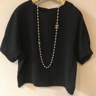 ジーユー(GU)のGU デザイン トップス♡L(シャツ/ブラウス(半袖/袖なし))