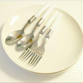 ムジルシリョウヒン(MUJI (無印良品))の**無印丸皿セット**(食器)