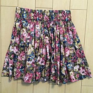 ローリーズファーム(LOWRYS FARM)の花柄コットンフレアスカート(お取置)(ミニスカート)