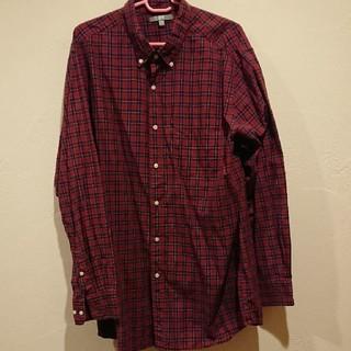 ユニクロ(UNIQLO)のUNIQLOシャツ(シャツ)
