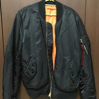 ※売りたいので値下げします! ALPHA ボンバージャケット