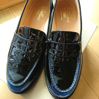 ディエゴベリーニ(DIEGO BELLINI)のイタリア製 エナメルローファー(ローファー/革靴)