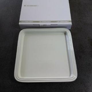 ルクルーゼ(LE CREUSET)のこめ5003様【LE CREUSET】 プレート 2枚 新品未使用 ホワイト★(食器)