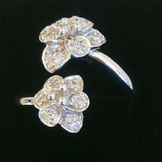 フォリフォリ(Folli Follie)の【お値下げ】フォリフォリ ダイヤモンドリング K18ホワイトゴールド(リング(指輪))