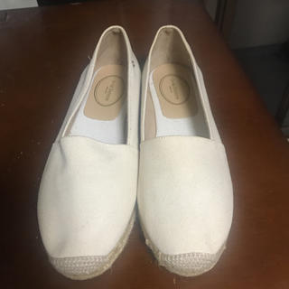 ジェイアンドエムデヴィッドソン(J&M DAVIDSON)の靴(サンダル)