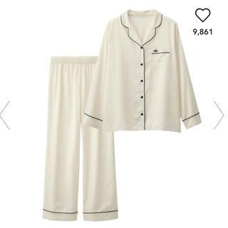 ★GU★サテンパジャマ(長袖)ホワイト