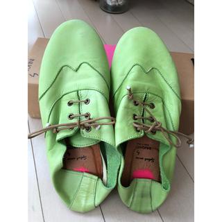ヌォーボ(Nuovo)のNUOVO 靴 39(24.0〜24.5)フラットシューズ(スリッポン/モカシン)