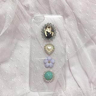 オードリーヘップバーンiPhoneケース(スマホケース)