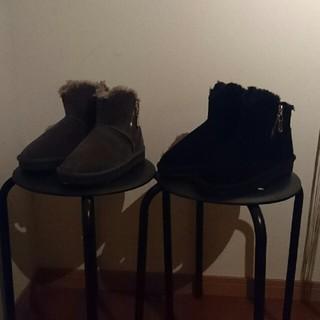 ムートンブーツ2足(ブーツ)