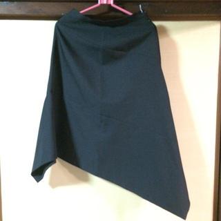 エーティー(A/T)のスカート(ひざ丈スカート)