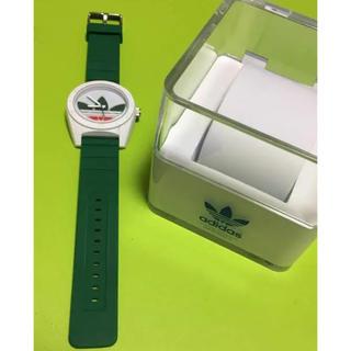 アディダス(adidas)のadidas 腕時計 緑 白 ホワイト グリーン(腕時計)