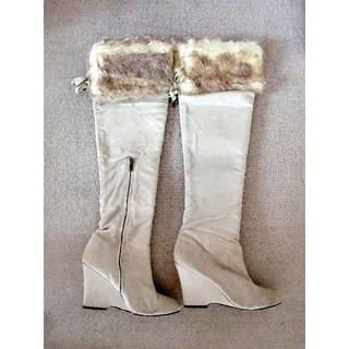 アルバローザ(ALBA ROSA)のアルバローザスエード調ロングブーツLサイズ/ホワイト(ブーツ)