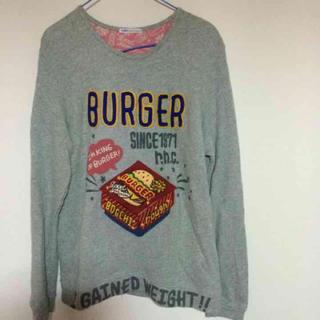 ラフ(rough)のroughハンバーガー柄シャツ(Tシャツ(長袖/七分))