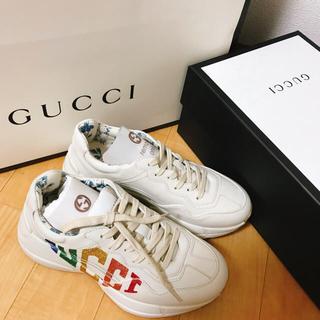 ed5a9452fd97 グッチ(Gucci)のGUCCI 新品 グリッター ロゴ レザー スニーカー(ライトン)(スニーカー