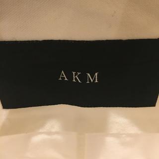 エイケイエム(AKM)のAKM シャツ Mサイズ(シャツ)