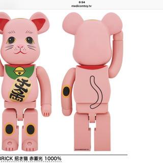 送料込み 東京スカイツリー ソラマチ店限定 招き猫 赤蓄光   1000%