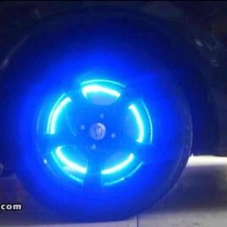LEDタイヤライト4個入り
