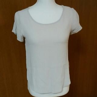 フォーエバートゥエンティーワン(FOREVER 21)のフォエバー21トップス(Tシャツ(半袖/袖なし))