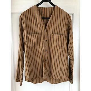 ヤエカ(YAECA)のYANTORノーカラーストライプシャツ(シャツ)