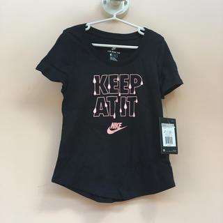 ナイキ(NIKE)のNIKE Tシャツ 女の子 130センチ(Tシャツ/カットソー)