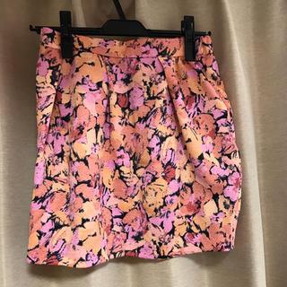 マーキュリーデュオ(MERCURYDUO)のマーキュリーデュオ ミニスカート 花柄スカート(ミニスカート)