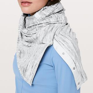 ルルレモン(lululemon)のlululemon ルルレモン Vinyasa scarf 新品(ヨガ)
