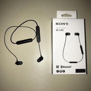 ソニー(SONY)のSONY Bluetooth ワイヤレスイヤホン WI-C300 ブラック(ヘッドフォン/イヤフォン)