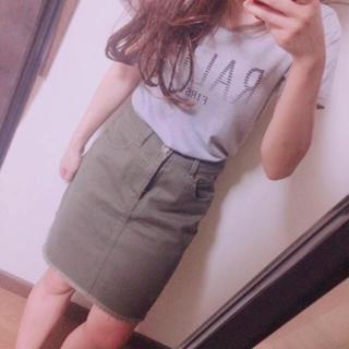 ザラ(ZARA)のハイウエスト★台形ミニスカート裾切りっぱなしフリンジカーキ (ミニスカート)