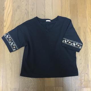 GU - GU ビーズ刺繍 Tシャツ