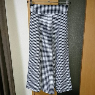 ジーユー(GU)のギンガムチェックミモレスカート(ロングスカート)
