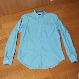 ザラ(ZARA)の水色ボタンダウンシャツ(シャツ)