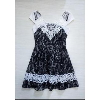 アリスアウアア(alice auaa)のAラインキラキラビジュー刺繍ドレス(ナイトドレス)