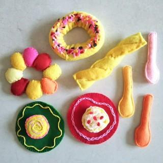 ハンドメイド おもちゃ ケーキ ドーナツ おままごと セット(おもちゃ/雑貨)