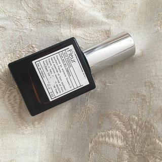 オゥパラディ(AUX PARADIS)のaux paradis fleur 15ml フルール(香水(女性用))