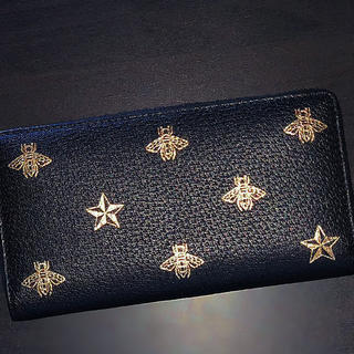 Gucci - GUCCI ビー&スターレザーウォレット 財布