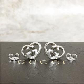 ce8699fb5407 グッチ(Gucci)の正規品 グッチ ピアス ハート シルバー 銀 GG 925 SV ロゴ