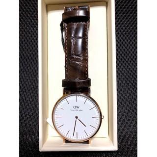 ダニエルウェリントン(Daniel Wellington)のダニエルウェリントン 40mm  クラシックヨーク  腕時計  未使用品です。(腕時計(アナログ))