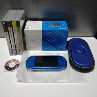 プレイステーションポータブル(PlayStation Portable)のPSP-3000(BLUE)一式 & ソフト5本(携帯用ゲーム本体)