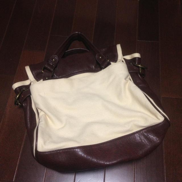 ベージュXブラウン キャンバス レディースのバッグ(トートバッグ)の商品写真