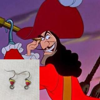 ディズニー(Disney)の販売終了!ディズニーシー ヴィランズ  フック船長 ピアス(キャラクターグッズ)