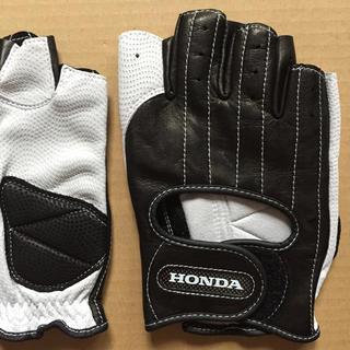 ホンダ(ホンダ)の新品 HONDA ドライビンググローブ KO21WHL 手袋 GT ホンダ 白(装備/装具)