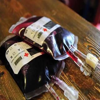 輸血パック型ドリンクバック