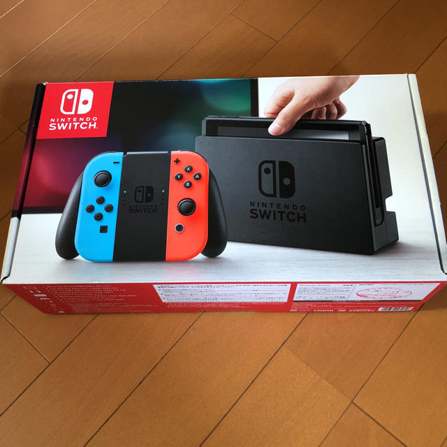 Nintendo Switch(ニンテンドースイッチ)の【極美品】ニンテンドースイッチ ネオン ケース付き エンタメ/ホビーのゲームソフト/ゲーム機本体(家庭用ゲーム機本体)の商品写真